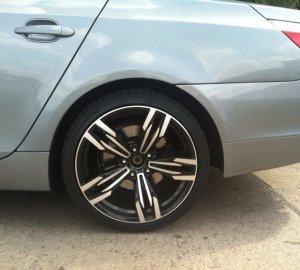 AEZ M6 Gran Coupé Felge in 9.5x19 ET 35 mit Nexen N8000 Reifen in 275/30/19 montiert hinten mit 15 mm Spurplatten Hier auf einem 5er BMW E60 530i (Limousine) Details zum Fahrzeug / Besitzer