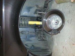 CarLine CM6 Felge in 12x18 ET -12 mit Bridgestone  Reifen in 295/35/18 montiert hinten mit 10 mm Spurplatten und mit folgenden Nacharbeiten am Radlauf: massive Aufweitung Hier auf einem 7er BMW E38 740i (Limousine) Details zum Fahrzeug / Besitzer