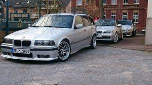 Rial  Felge in 8x17 ET  mit Nexen  Reifen in 215/45/17 montiert vorn Hier auf einem 3er BMW E36 323i (Touring) Details zum Fahrzeug / Besitzer