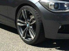 - NoName/Ebay - MAK Luft Felge in 8.5x19 ET 35 mit kumho ECSTA SPT KU31 Reifen in 225/35/19 montiert vorn Hier auf einem 1er BMW F20 116i (5-türer) Details zum Fahrzeug / Besitzer
