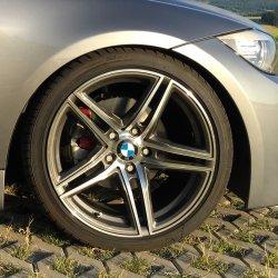 Borbet XRT Graphit Felge in 9x18 ET 35 mit Falken  Reifen in 225/40/18 montiert vorn Hier auf einem 3er BMW E90 318d (Limousine) Details zum Fahrzeug / Besitzer