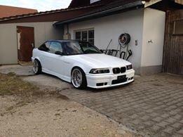Work Rezak I Felge in 9x17 ET -3 mit Hankook  Reifen in 205/35/17 montiert vorn mit folgenden Nacharbeiten am Radlauf: gebördelt und gezogen Hier auf einem 3er BMW E36 M3 3.2 (Coupe) Details zum Fahrzeug / Besitzer