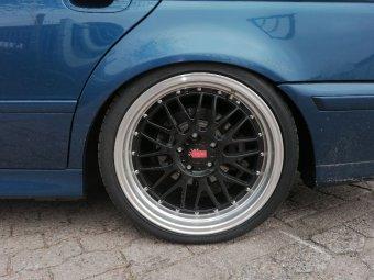 Carsonic Wheels CSW2 Le Mans Felge in 9.5x19 ET 19 mit Hankook S1 Evo 3 Reifen in 265/30/19 montiert hinten Hier auf einem 5er BMW E39 525i (Touring) Details zum Fahrzeug / Besitzer