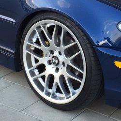 - NoName/Ebay - VMR 703 Felge in 8.5x19 ET 34 mit - NoName/Ebay - Accelera PHI Reifen in 225/35/19 montiert vorn Hier auf einem 3er BMW E46 325i (Coupe) Details zum Fahrzeug / Besitzer