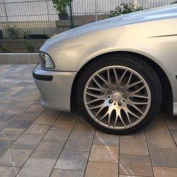 Rondell 0204 Felge in 8.5x18 ET  mit Hankook Evo12 Reifen in 235/40/18 montiert vorn Hier auf einem 5er BMW E39 528i (Limousine) Details zum Fahrzeug / Besitzer