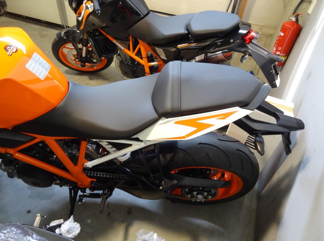 Unsere KTM  /  1290 Super Duke R - Fremdfabrikate