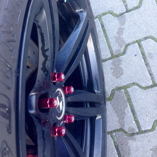 535D Samurai Rubber Skirt Lips & Lug Nuts D1 - 5er BMW - E60 / E61