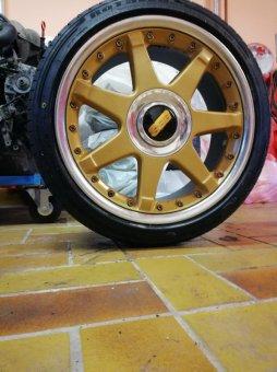 BBS RT702 Felge in 8x17 ET 38 mit - NoName/Ebay -  Reifen in 215/40/17 montiert vorn mit 5 mm Spurplatten Hier auf einem 3er BMW E36 316i (Limousine) Details zum Fahrzeug / Besitzer