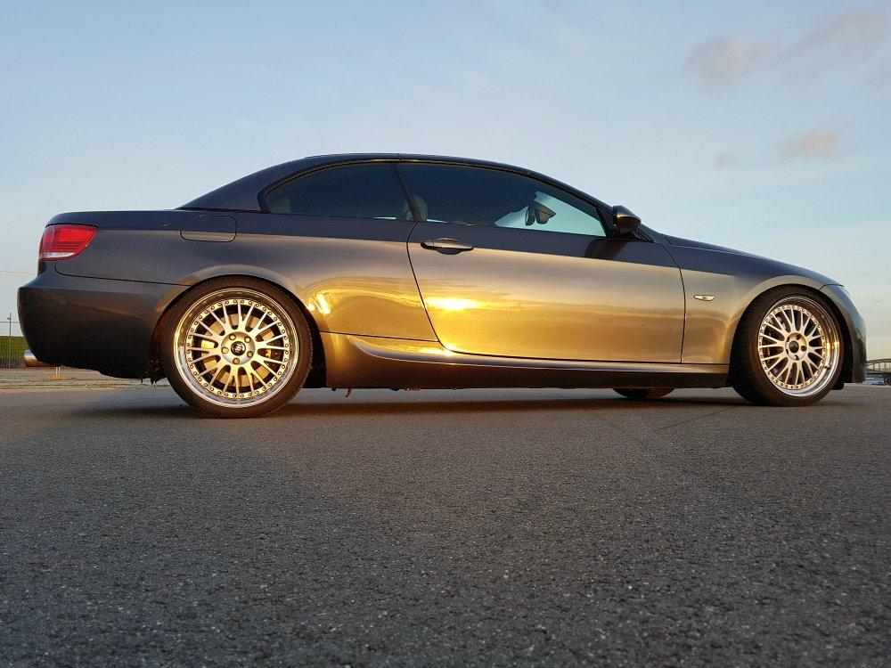 BMW E93 335i - 3er BMW - E90 / E91 / E92 / E93