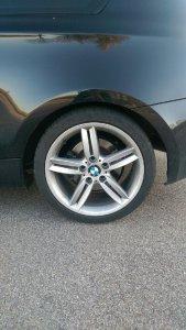 BMW 208M Felge in 8x18 ET  mit Michelin  Reifen in 245/35/18 montiert hinten Hier auf einem 1er BMW E81 120d (3-Türer) Details zum Fahrzeug / Besitzer