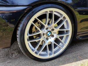 - NoName/Ebay - VMR v703 Felge in 9.5x19 ET 45 mit Michelin Pilot Sport 4S XL Reifen in 255/30/19 montiert hinten mit folgenden Nacharbeiten am Radlauf: Kanten gebördelt Hier auf einem 3er BMW E46 330i (Coupe) Details zum Fahrzeug / Besitzer