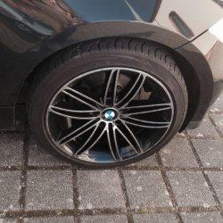 - NoName/Ebay -  Felge in 7x18 ET 40 mit - NoName/Ebay -  Reifen in 225/40/18 montiert vorn Hier auf einem 1er BMW E87 116i (5-Türer) Details zum Fahrzeug / Besitzer