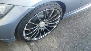 Tomason TN9 Felge in 8.5x20 ET  mit Dunlop  Reifen in 235/35/20 montiert vorn Hier auf einem 3er BMW E90 335i (Limousine) Details zum Fahrzeug / Besitzer
