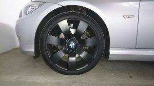 Ronal Styling 123 Felge in 8x18 ET 20 mit Uniroyal Rain Sport 3 Reifen in 225/40/18 montiert vorn Hier auf einem 3er BMW E91 318d (Touring) Details zum Fahrzeug / Besitzer