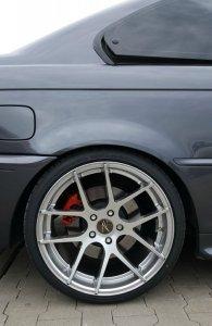 Z-Performance ZP.07 Felge in 9.5x19 ET 35 mit Falken  Reifen in 255/30/19 montiert hinten und mit folgenden Nacharbeiten am Radlauf: Kanten gebördelt Hier auf einem 3er BMW E46 330d (Coupe) Details zum Fahrzeug / Besitzer
