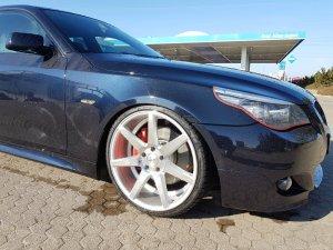 - Eigenbau - VOSSEN Felge in 9x20 ET 35 mit Hankook S1 EVO Reifen in 245/30/20 montiert vorn mit 20 mm Spurplatten Hier auf einem 5er BMW E61 535d (Touring) Details zum Fahrzeug / Besitzer