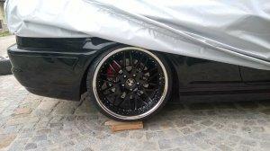 royal wheels GT 20 Felge in 8.5x20 ET 35 mit Hankook EVO S1 Reifen in 235/30/20 montiert vorn mit 15 mm Spurplatten und mit folgenden Nacharbeiten am Radlauf: gebördelt und gezogen Hier auf einem 3er BMW E46 M3 (Coupe) Details zum Fahrzeug / Besitzer