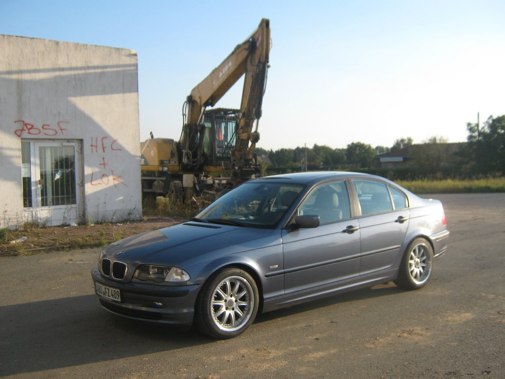 e46 limo in stahlblau metallic 3er bmw e46. Black Bedroom Furniture Sets. Home Design Ideas