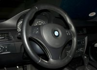 335i Blauer Flitzer - 3er BMW - E90 / E91 / E92 / E93 - Lenkrad.jpg