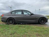 BMW F30 320d Limousine Modern Line - 3er BMW - F30 / F31 / F34 / F80 - IMG_0718.jpg