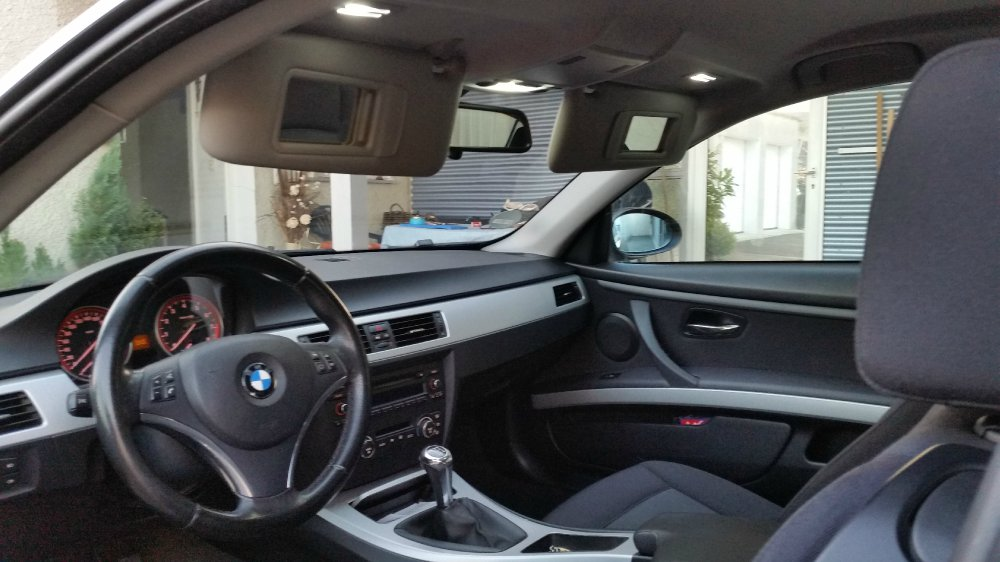 bmw 325i e92 2 5 update 3er bmw e90 e91 e92 e93. Black Bedroom Furniture Sets. Home Design Ideas