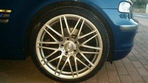 - NoName/Ebay - Ultra Wheels Felge in 8.5x19 ET  mit - NoName/Ebay - Aoteli P607 Reifen in 235/35/19 montiert vorn Hier auf einem 3er BMW E46 320td (Compact) Details zum Fahrzeug / Besitzer