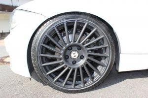 eta beta  Felge in 8.5x19 ET 42 mit Pirelli  Reifen in 225/35/19 montiert vorn Hier auf einem 1er BMW E82 120d (Coupe) Details zum Fahrzeug / Besitzer