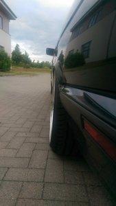 O.Z Mito 2 Felge in 10x18 ET 19 mit Hankook S1 EVO Reifen in 245/35/18 montiert hinten mit 10 mm Spurplatten und mit folgenden Nacharbeiten am Radlauf: Kanten gebördelt Hier auf einem 5er BMW E34 525i (Limousine) Details zum Fahrzeug / Besitzer