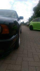 O.Z Mito 2 Felge in 8.5x18 ET 13 mit Hankook S1 EVO Reifen in 205/40/18 montiert vorn mit 5 mm Spurplatten und mit folgenden Nacharbeiten am Radlauf: Kanten gebördelt Hier auf einem 5er BMW E34 525i (Limousine) Details zum Fahrzeug / Besitzer