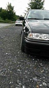 Brock B6 Felge in 8.5x16 ET 15 mit Toyo  Reifen in 215/40/16 montiert vorn Hier auf einem 3er BMW E36 318i (Touring) Details zum Fahrzeug / Besitzer