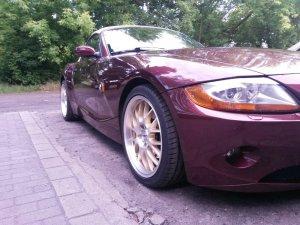 ASA Felgen AR1 Felge in 8.5x18 ET 35 mit Hankook Evo S1 Reifen in 225/40/18 montiert vorn Hier auf einem Z4 BMW E85 3.0i (Roadster) Details zum Fahrzeug / Besitzer