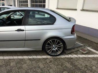 BMW M Sternspeiche 403 Felge in 8.5x19 ET 47 mit Continental  Reifen in 255/35/19 montiert hinten Hier auf einem 3er BMW E46 318ti (Compact) Details zum Fahrzeug / Besitzer