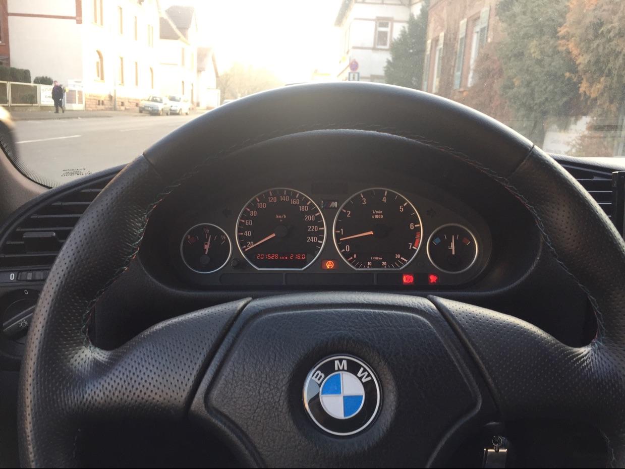 318is Coupé Technoviolett - 3er BMW - E36