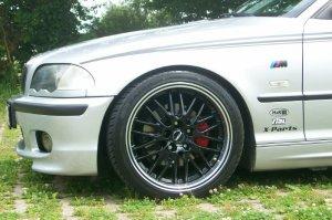 Rial  Felge in 8.5x18 ET 35 mit Rial  Reifen in 235/35/18 montiert hinten mit 5 mm Spurplatten Hier auf einem 3er BMW E46 328i (Touring) Details zum Fahrzeug / Besitzer