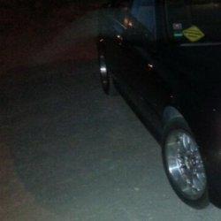Rondell Rod 0058 Felge in 8x17 ET 20 mit - NoName/Ebay - Pirelli P zero Reifen in 235/45/17 montiert vorn Hier auf einem 5er BMW E39 520i (Limousine) Details zum Fahrzeug / Besitzer