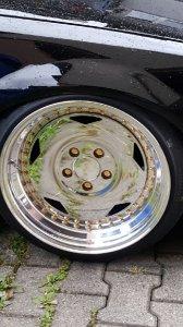 O.Z Breyton Felge in 10.5x17 ET 32 mit Hankook Sp2000 Reifen in 215/40/17 montiert vorn mit folgenden Nacharbeiten am Radlauf: gebördelt und gezogen Hier auf einem 3er BMW E36 328i (Cabrio) Details zum Fahrzeug / Besitzer