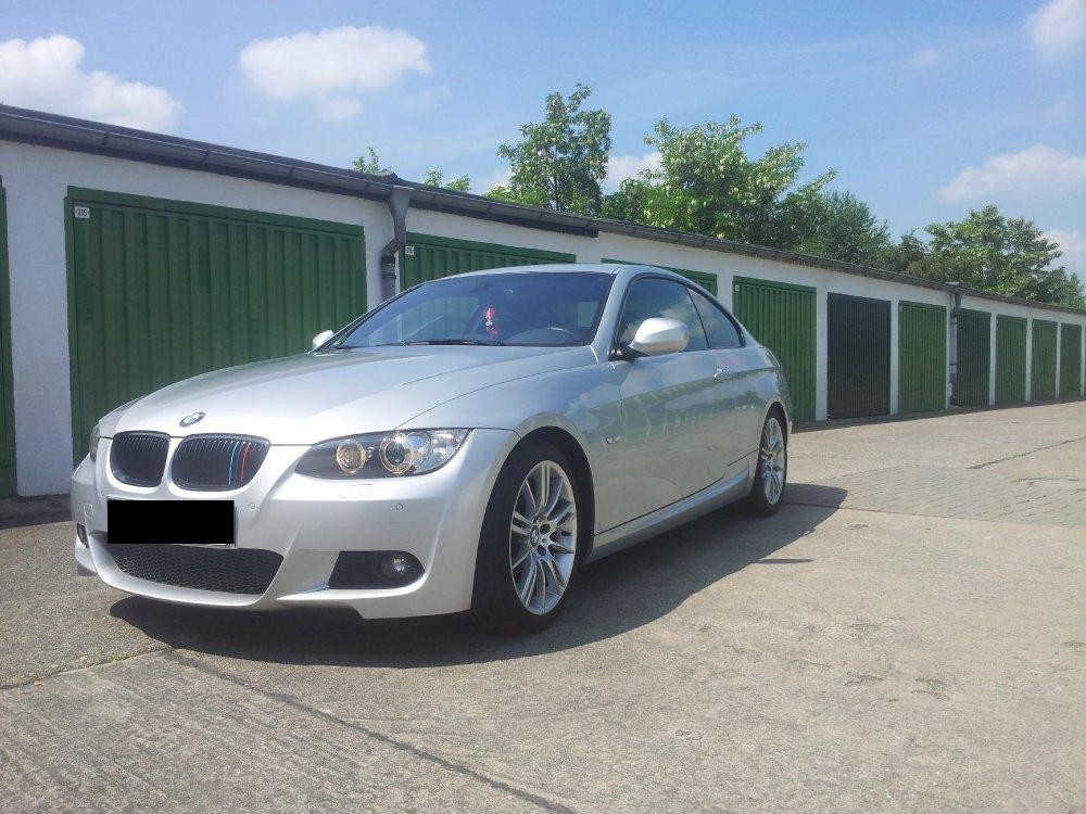 BMW E92 320i /// M -Paket - 3er BMW - E90 / E91 / E92 / E93