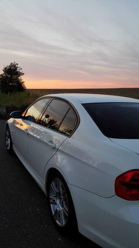 320i M-Paket - 3er BMW - E90 / E91 / E92 / E93