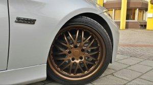 Dotz Dotz Mugello Felge in 8.5x18 ET 35 mit kumho  Reifen in 225/40/18 montiert hinten Hier auf einem 3er BMW E90 318i (Limousine) Details zum Fahrzeug / Besitzer