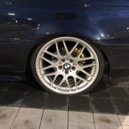 - NoName/Ebay -  Felge in 8.5x19 ET 35 mit - NoName/Ebay -  Reifen in 225/35/19 montiert vorn Hier auf einem 3er BMW E46 328i (Coupe) Details zum Fahrzeug / Besitzer