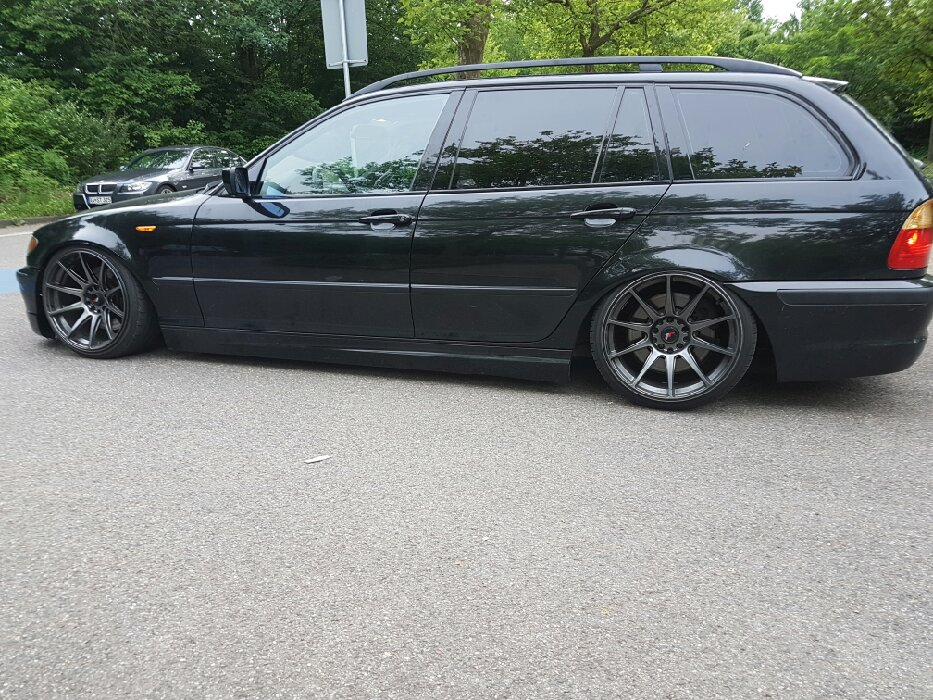 e46 330d bagged 3er bmw e46 touring tuning. Black Bedroom Furniture Sets. Home Design Ideas