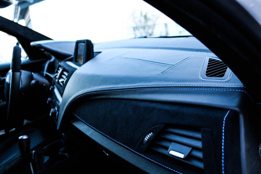 Armaturenbrett bmw  Armaturenbrett & Lenkrad umbau [ 1er BMW - F20 / F21 ]