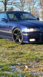 RH Felgen  Felge in 8x17 ET 35 mit Fulda  Reifen in 215/40/17 montiert vorn Hier auf einem 3er BMW E36 320i (Cabrio) Details zum Fahrzeug / Besitzer