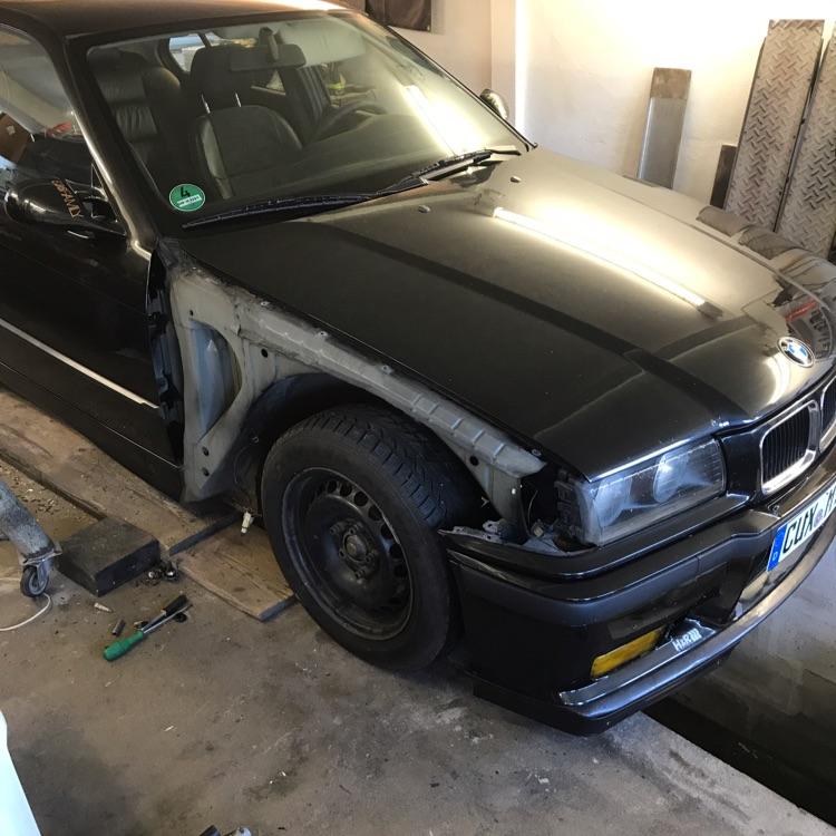 E36 Limousine - 3er BMW - E36