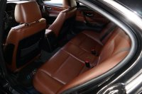 E90 330i  290 PS M(3) Fahrwerk - 3er BMW - E90 / E91 / E92 / E93 - InnenAusst(1).JPG