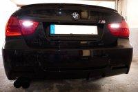 E90 330i  290 PS M(3) Fahrwerk - 3er BMW - E90 / E91 / E92 / E93 - Rückf.leuchte.JPG