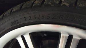 BMW M Performance ** Felge in 8.5x19 ET 38 mit Dunlop Sport Maxx Reifen in 225/35/19 montiert vorn mit 10 mm Spurplatten Hier auf einem Z3 BMW E36 2.8 (Roadster) Details zum Fahrzeug / Besitzer
