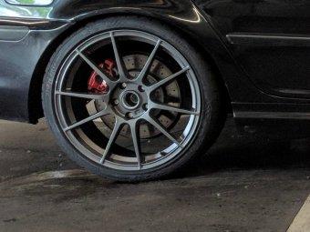 Autec Autec Wizard Felge in 8x19 ET 35 mit kumho Ecsta PS91 Reifen in 225/35/19 montiert hinten mit folgenden Nacharbeiten am Radlauf: Kanten gebördelt Hier auf einem 3er BMW E46 330d (Limousine) Details zum Fahrzeug / Besitzer