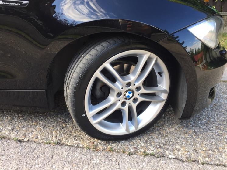 BMW E88 118i Cabrio - 1er BMW - E81 / E82 / E87 / E88