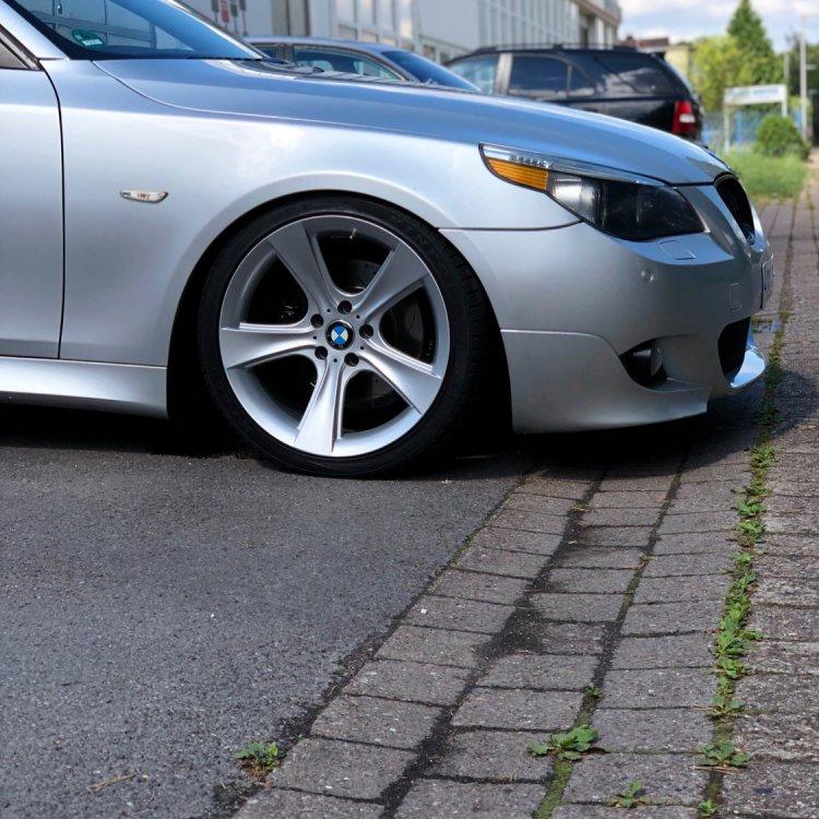 BMW E60 530d M-Paket Styling 128 - 5er BMW - E60 / E61